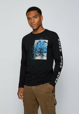 Långärmad tröja - black