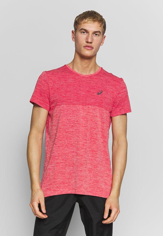 RACE SEAMLESS - Print T-shirt - classic red