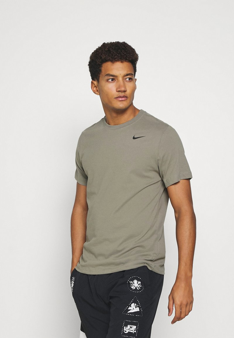 Nike Performance - TEE CREW SOLID - Basic T-shirt - light army/black