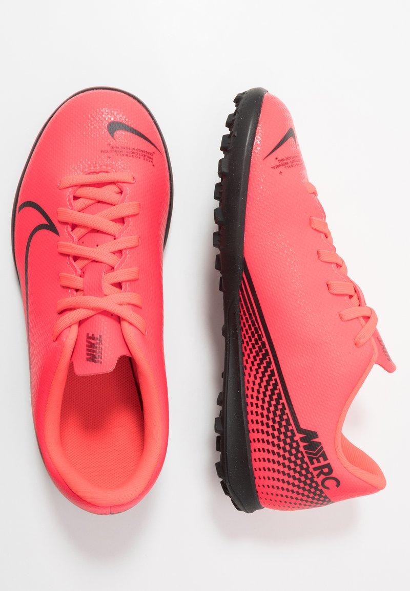 Nike Performance - MERCURIAL VAPOR 13 CLUB TF - Astro turf trainers - laser crimson/black