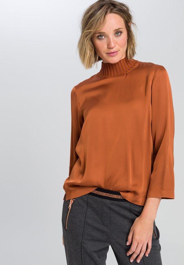 Long sleeved top - cognac