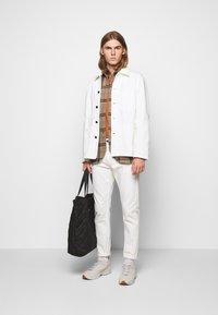 CLOSED - WORKER JACKET - Denim jacket - ivory - 1