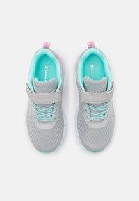 Champion - LOW CUT SHOE BOLD  - Obuwie treningowe - pink/turquoise - 3