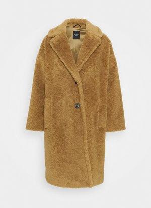 PALATO - Zimní kabát - kamel