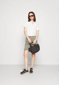 Marks & Spencer London - Shorts - khaki - 1