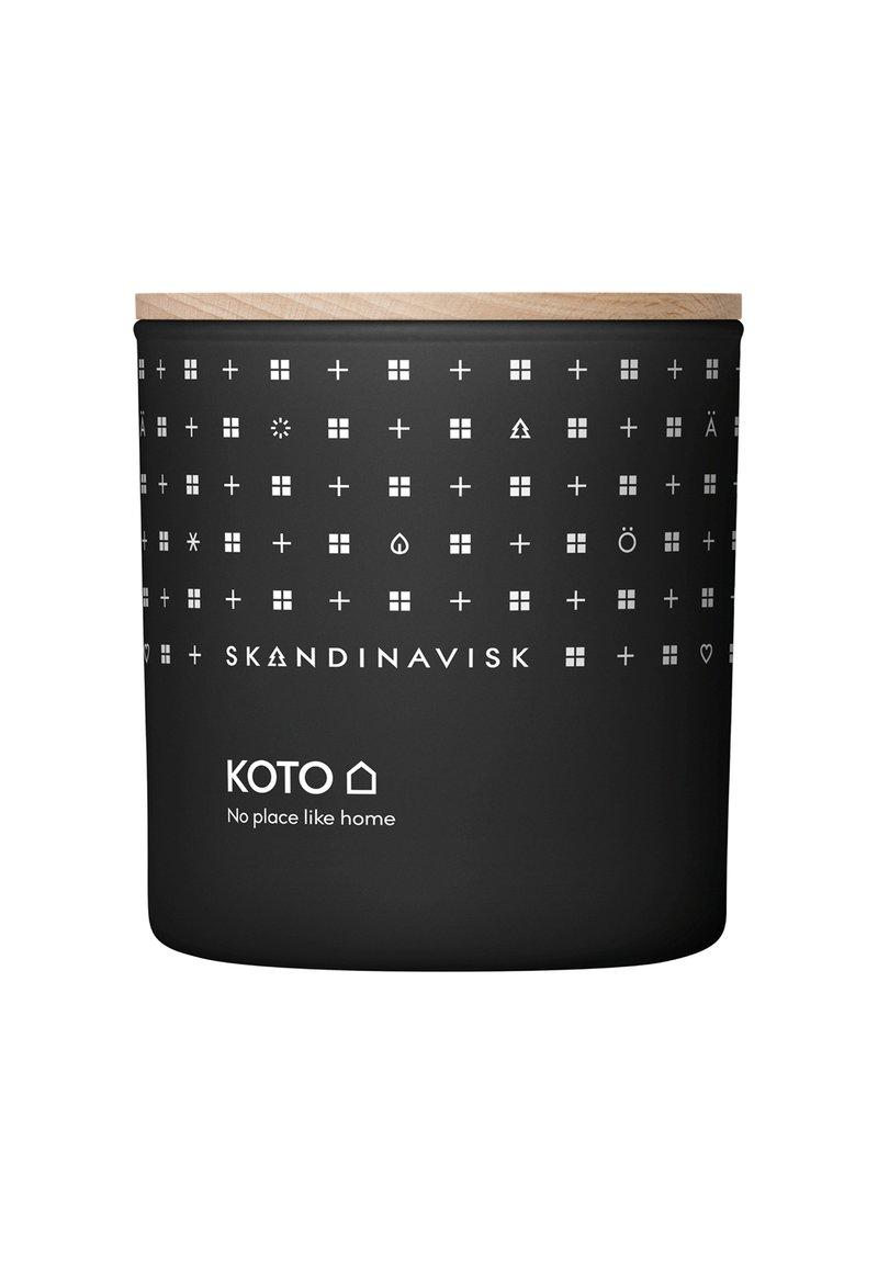 Skandinavisk - SCENTED CANDLE WITH LID - Candela profumata - koto