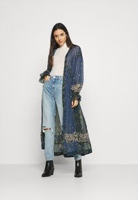 Free People - SAMIRA MAXI - Skjortekjole - midnight - 1