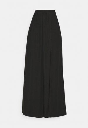 SHIRRED SIDE SLIT SKIRT - Jupe longue - black
