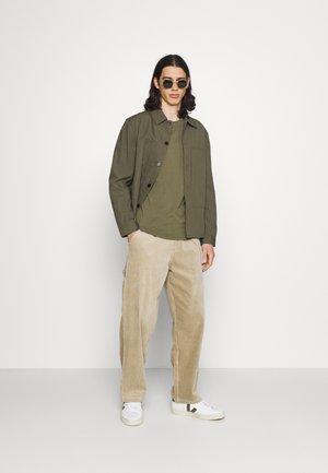 LOGO TEE 2 PACK - T-shirt basic - dusty olive