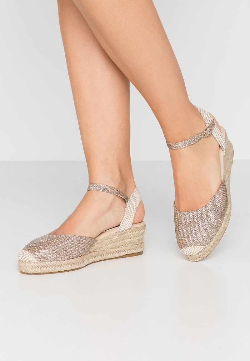 New Look - TOBAGO  - Espadrilles - gold