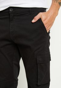 Only & Sons - ONSCAM STAGE CUFF - Pantalon cargo - black - 5