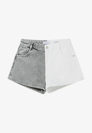 MIT KONTRASTEN - Denim shorts - grey