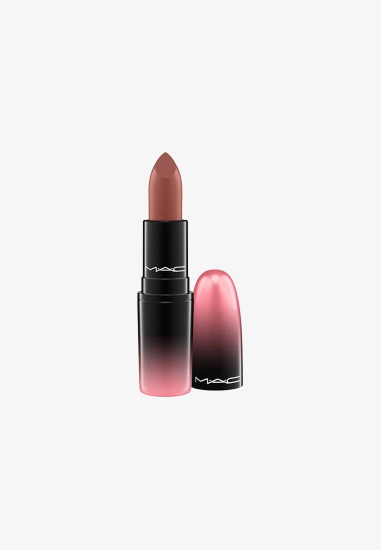 MAC - LOVE ME LIPSTICK - Lipstick - coffee & cigs