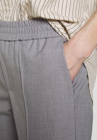 Carin Wester - TROUSERS FARIN - Trousers - grey melange - 5