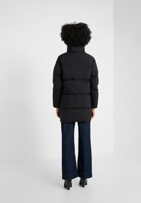 PYRENEX - BARROW - Down coat - black - 2