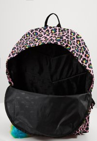 Hype - BACKPACK RAINBOW LEOPARD POM POM - Reppu - multi-coloured - 2