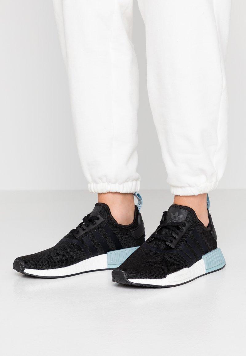 adidas Originals - NMD_R1 - Joggesko - clear black/ash grey
