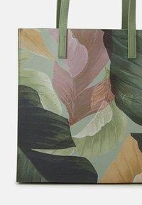 Ted Baker - LUCYCON - Velká kabelka - mid green - 3