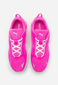 Puma - MINIMA  - Zapatillas de running neutras - luminous pink/white - 3