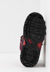 adidas Performance - CW HOLTANNA SNOW  - Zimní obuv - active maroon/core black/maroon - 5