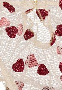 Le Petit Trou - GIANNA BRIEFS - Alushousut - nude/red - 2