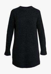 DRESS - Abito in maglia - solid black