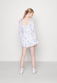 Hollister Co. - ROMPER - Overal - white floral - 2