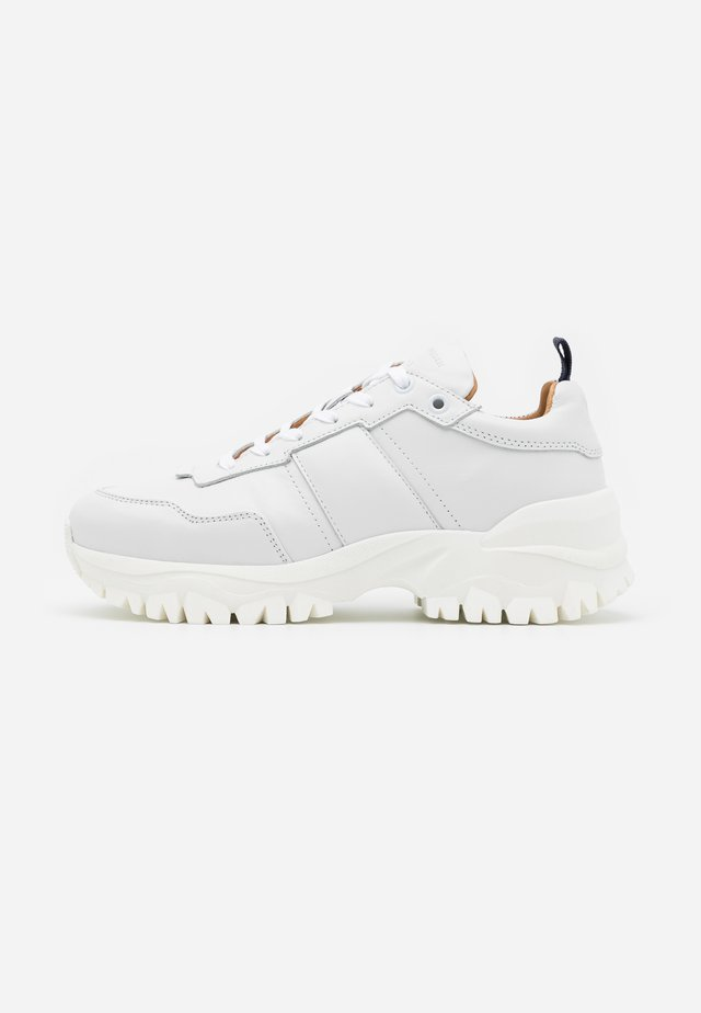 AFRIA  - Trainers - white