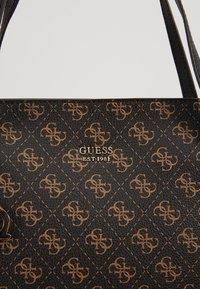 Guess - Shoppingveske - brown - 6