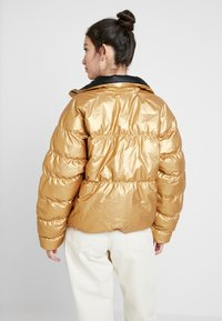 Nike Sportswear - FILL SHINE - Winter jacket - metallic gold/black - 2
