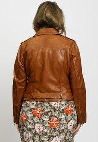 No.1 by Ox - Leather jacket - dark cognac - 2