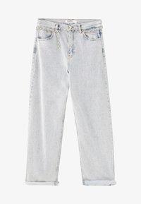 PULL&BEAR - MIT HOHEM BUND - Jeans a zampa - light blue - 5