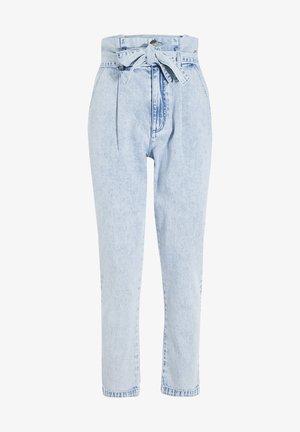 PAPIERTÜTEN - Relaxed fit jeans - denim bleach
