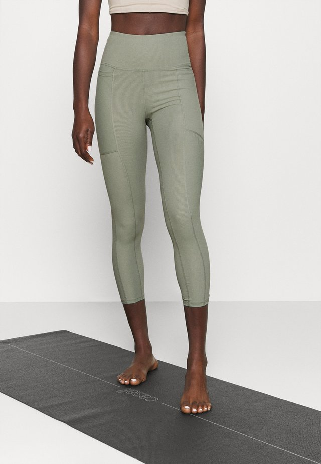 POCKET 7/8 - Leggings - basil green