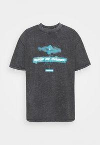 Night Addict - MOVE TO SILENCE UNISEX - T-shirt med print - black - 4