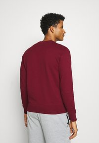 Champion - ROCHESTER CREWNECK  - Mikina - dark red - 2