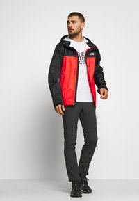 The North Face - MENS VENTURE 2 JACKET - Veste Hardshell - fiery red/black - 1