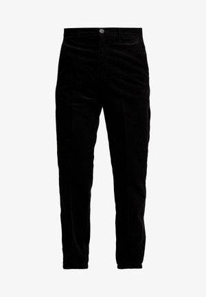 RELAXED CHINO - Tygbyxor - black