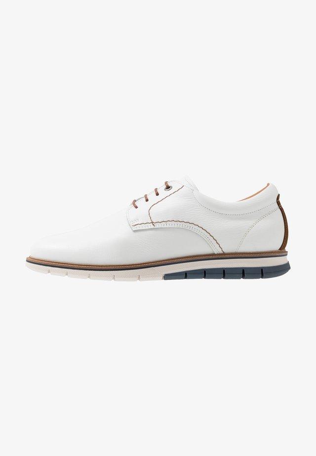 MATHEUS - Zapatos de vestir - white