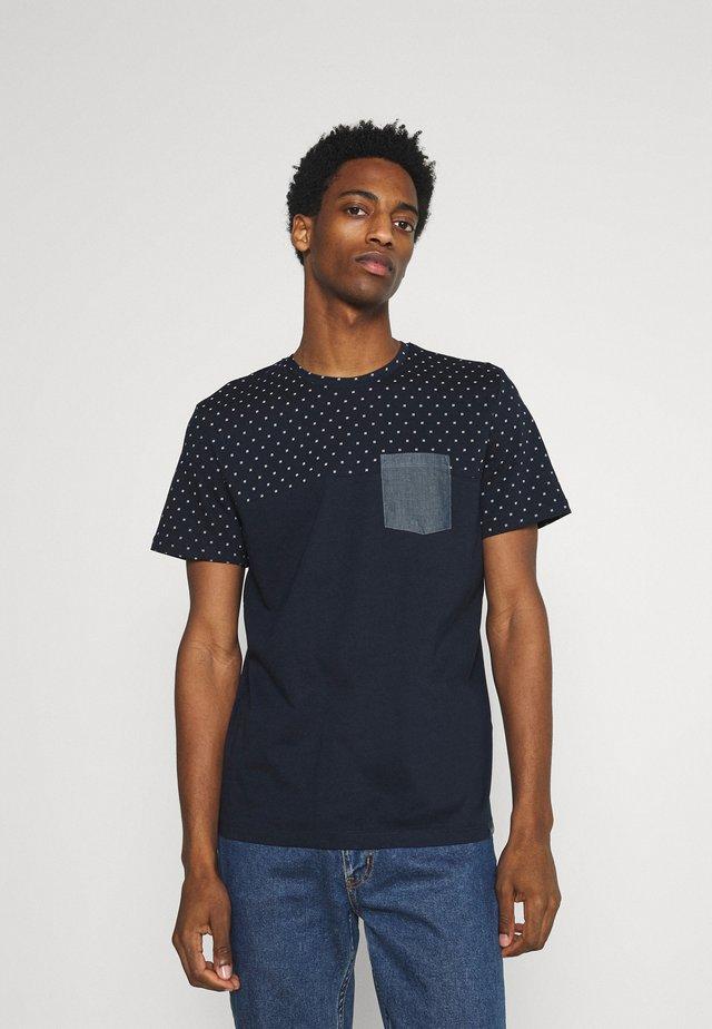Print T-shirt - navy base white element design