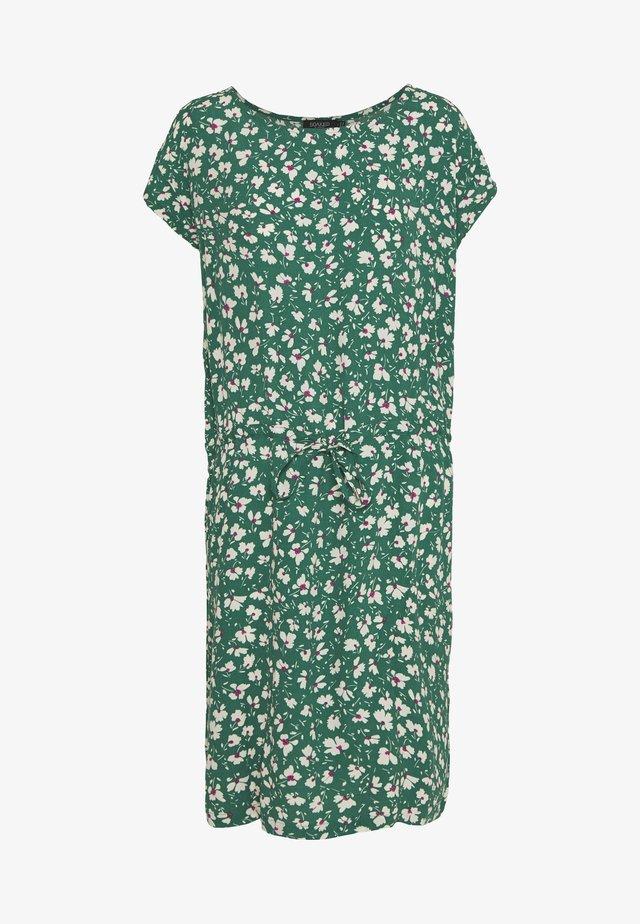 LAVADA DRESS - Sukienka letnia - pine green