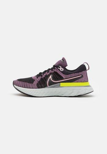 REACT INFINITY RUN FK 2 - Neutrální běžecké boty - violet dust/elemental pink/black/cyber