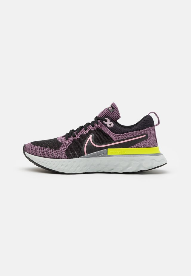 REACT INFINITY RUN 2 - Neutral running shoes - violet dust/elemental pink/black/cyber
