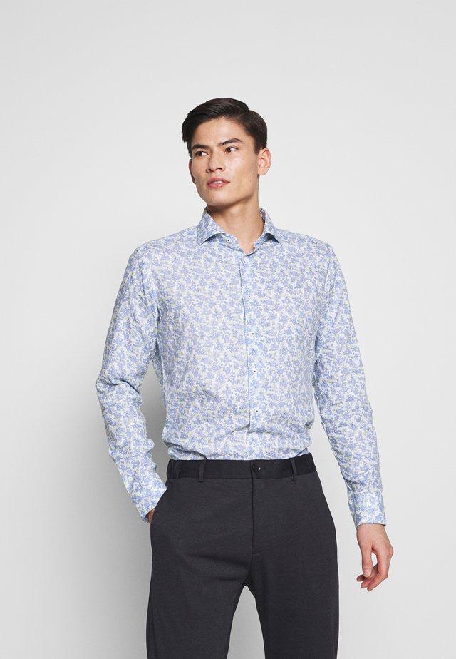 SLIM FIT - Camisa elegante - royal