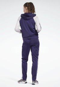 Reebok - Tracksuit - purple - 1