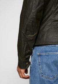 Belstaff - KELLAND JACKET - Summer jacket - faded olive - 5