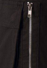 Brave Soul - DIVIDE - Pantaloni cargo - black - 6