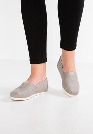 VEGAN ALPARGATA - Nazouvací boty - grey