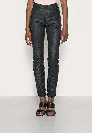 Skinny džíny - leatherette black