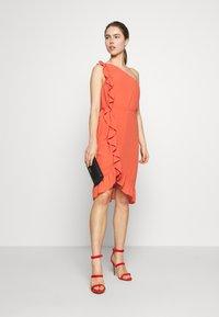 Bruuns Bazaar - ROSALINA KENDRA DRESS - Sukienka koktajlowa - poppy red - 1